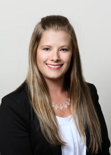 Nicole Arnhoelter
