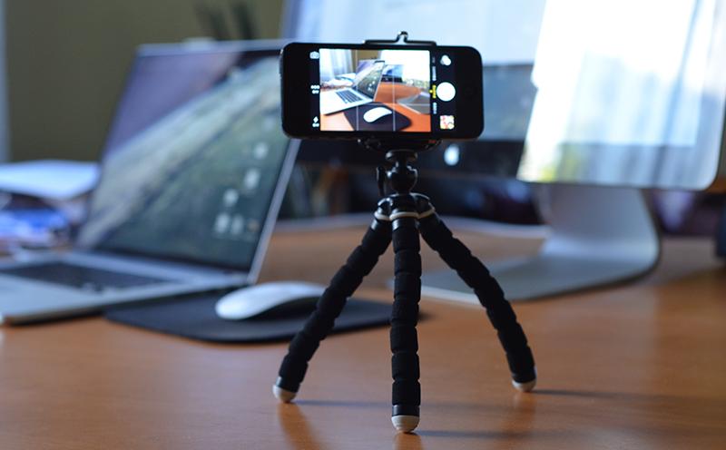 Como empezar a producir video con bajo presupuesto: Tripode para iPhone