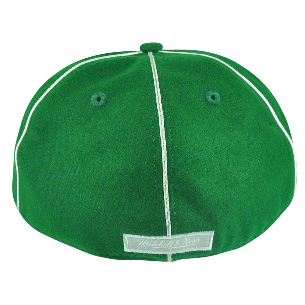 NBA Mitchell Ness Boston Celtics G024 Team Prim lana Fitted Cap Hat.  Descrizione Articolo. Questo cappello di ... 81cf9cb74beb