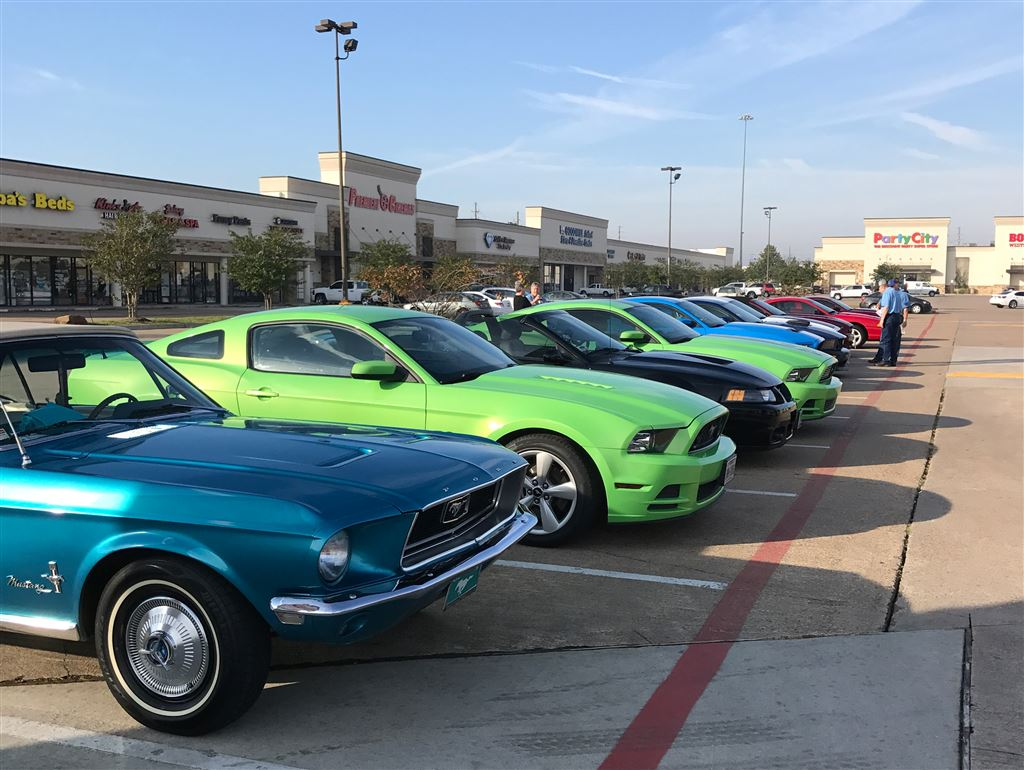MCOH cruise. Met at Shipley's Donut in Tomball to start our venture to Old Iron Works in Montgomery, then cruise to Brenham for lunch and shopping.Thank you Joy Sutton for setting this up. Great day