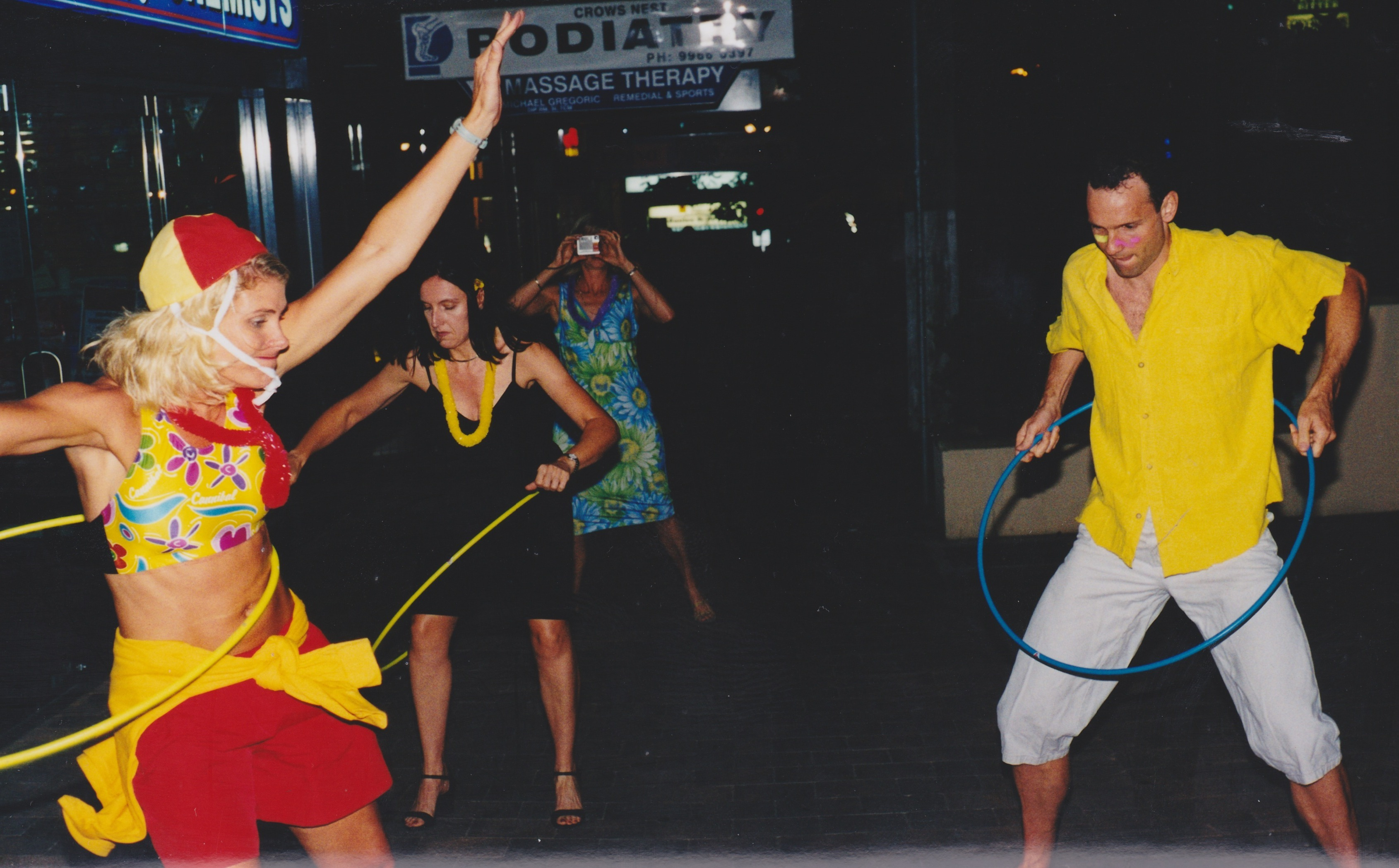 Hula Party Crows Nest 18December2002