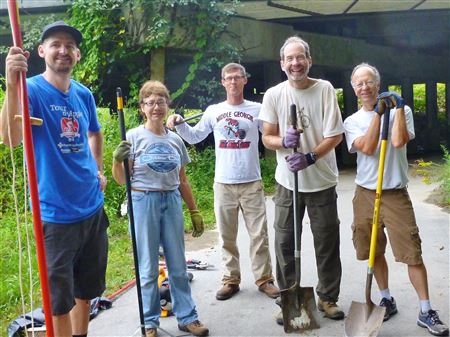 Donnie, Joe, Denise, Charley, Craig and Pete worked on the Oklawaha Greenway.