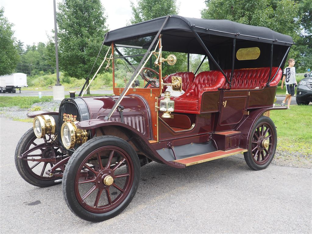 Early automobiles - Horseless Carriages - On exhibit through the Poconos - July & August 2018