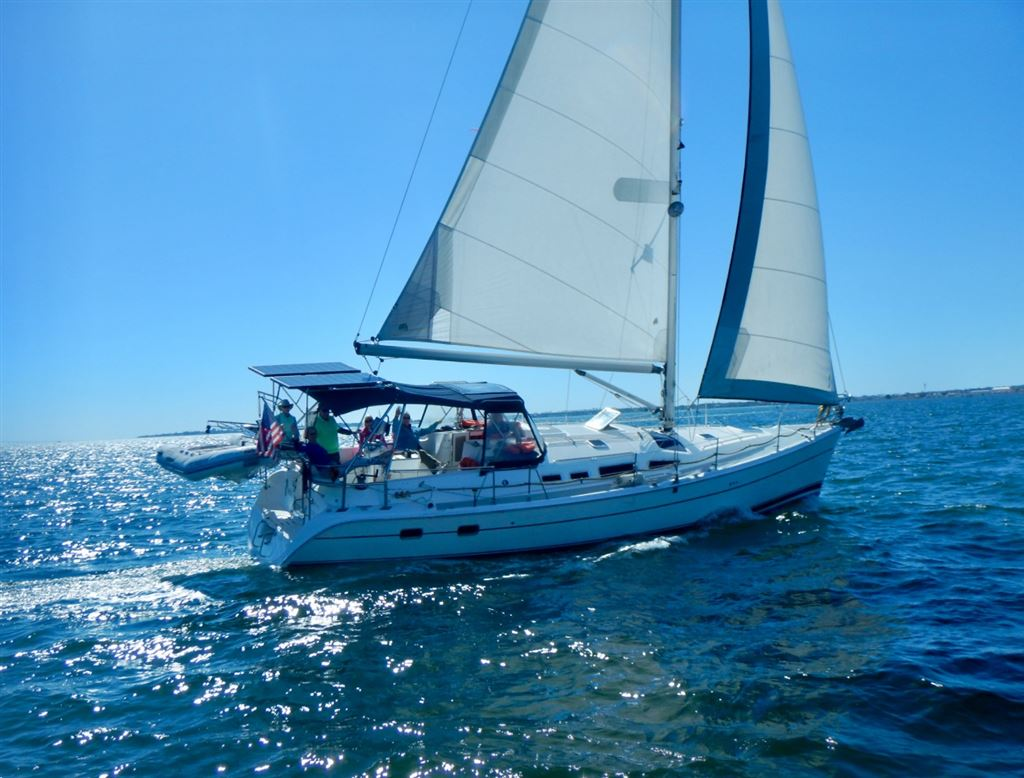 Our Fleet - Bay Sailors: A Tampa Bay Sailing Club for Singles