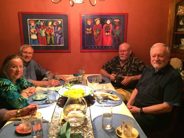 RWV members dining together