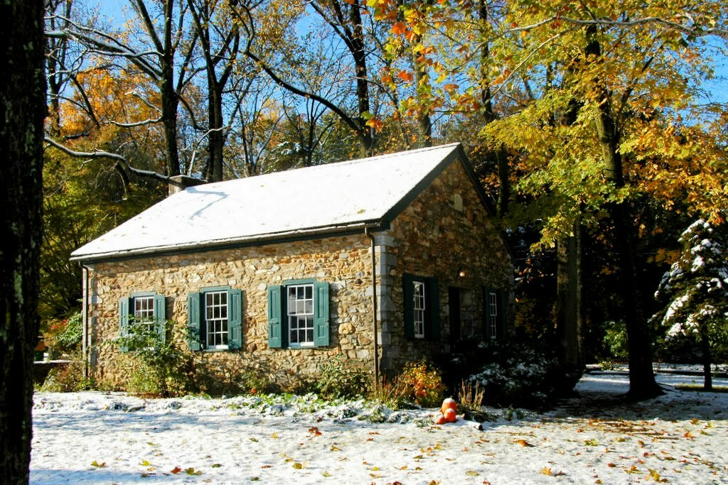 Old Roberts Schoolhouse in October snow