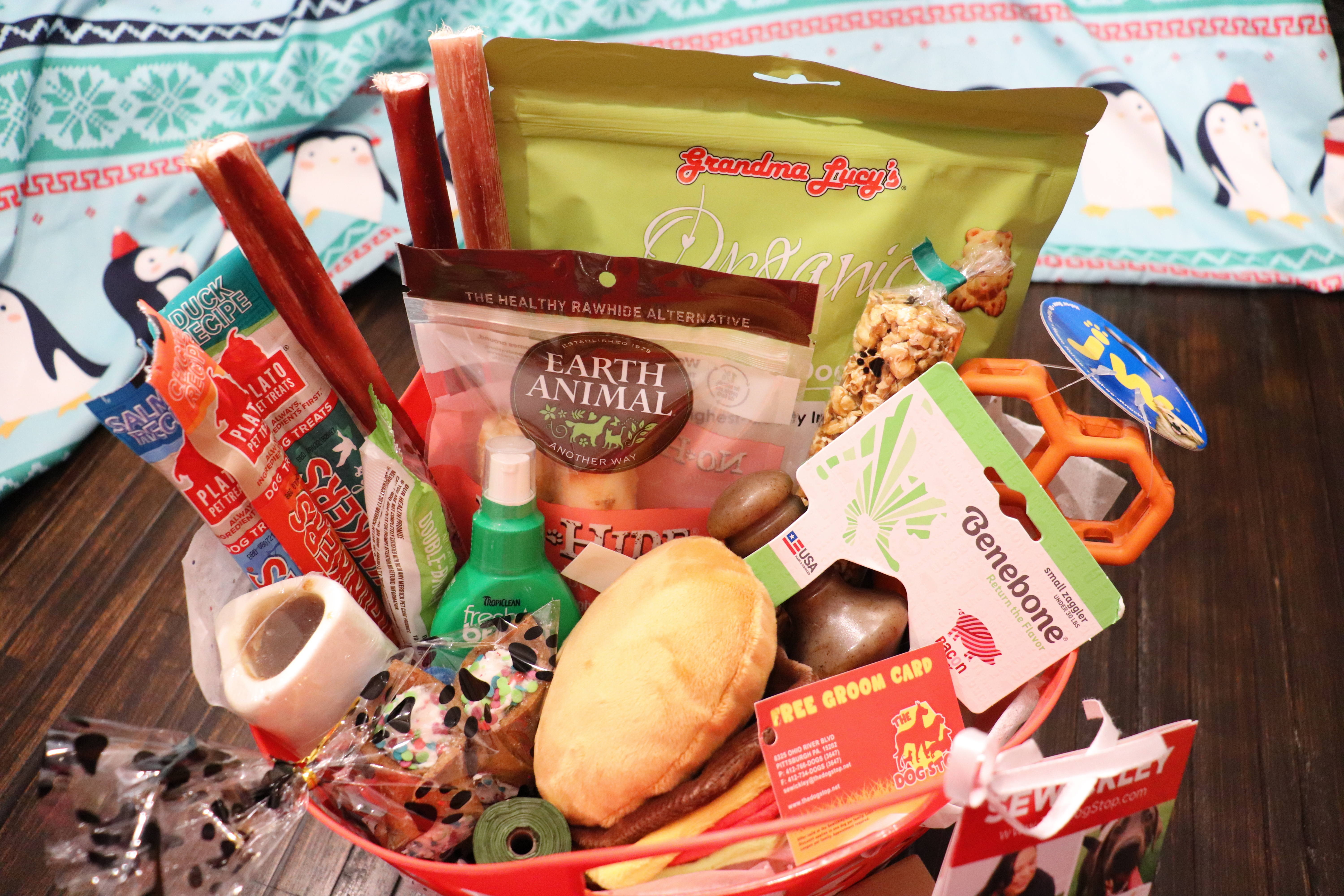 Dog Stop donation basket 2020