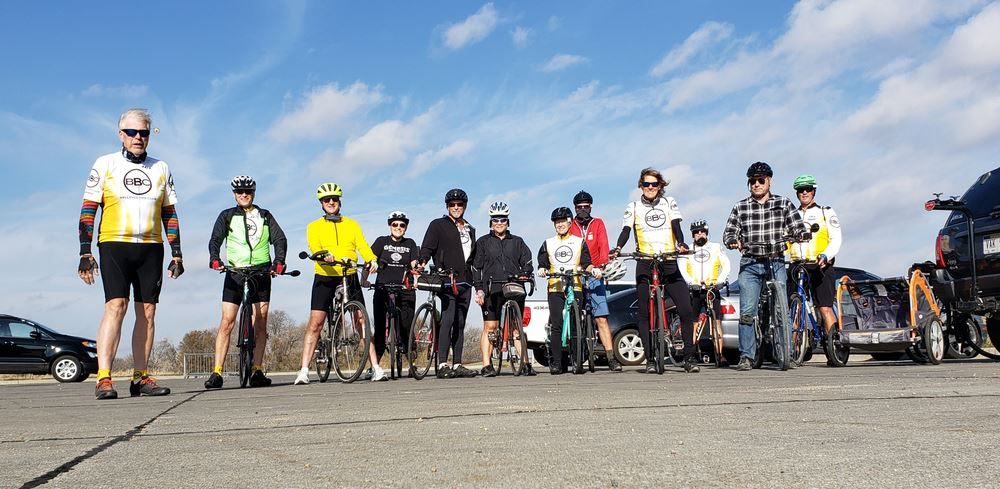 Cranksgiving Group photo 2020