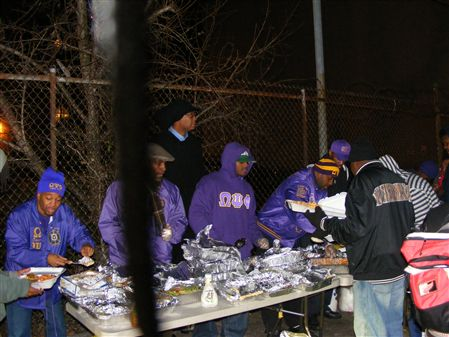 The Men of the Alpha Upsilon Chapter fed those that are less fortunate at three (3) different shelters throughout the Brooklyn community.