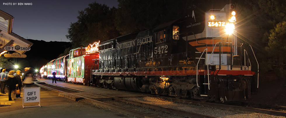 Image result for Niles Canyon Train of Lights