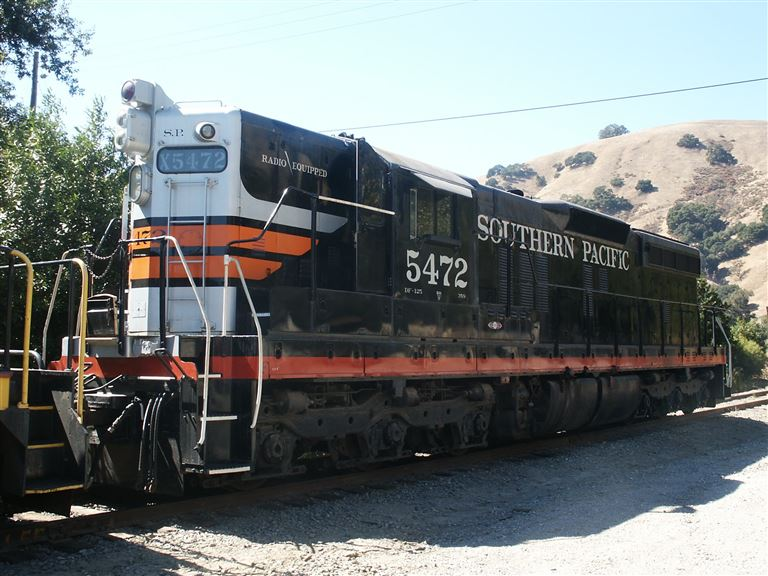 A photo tour of Brightside Yard, the Niles Canyon Railway's equipment storage yard. Also features Golden Gate Railroad Museum equipment.