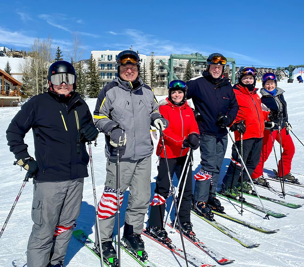 2020 Ski Group in CB