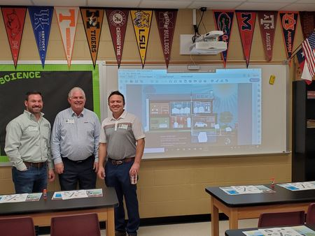 ASPE and Gulf Coast PHCC members partnered to visit with students and introduce them to plumbing.