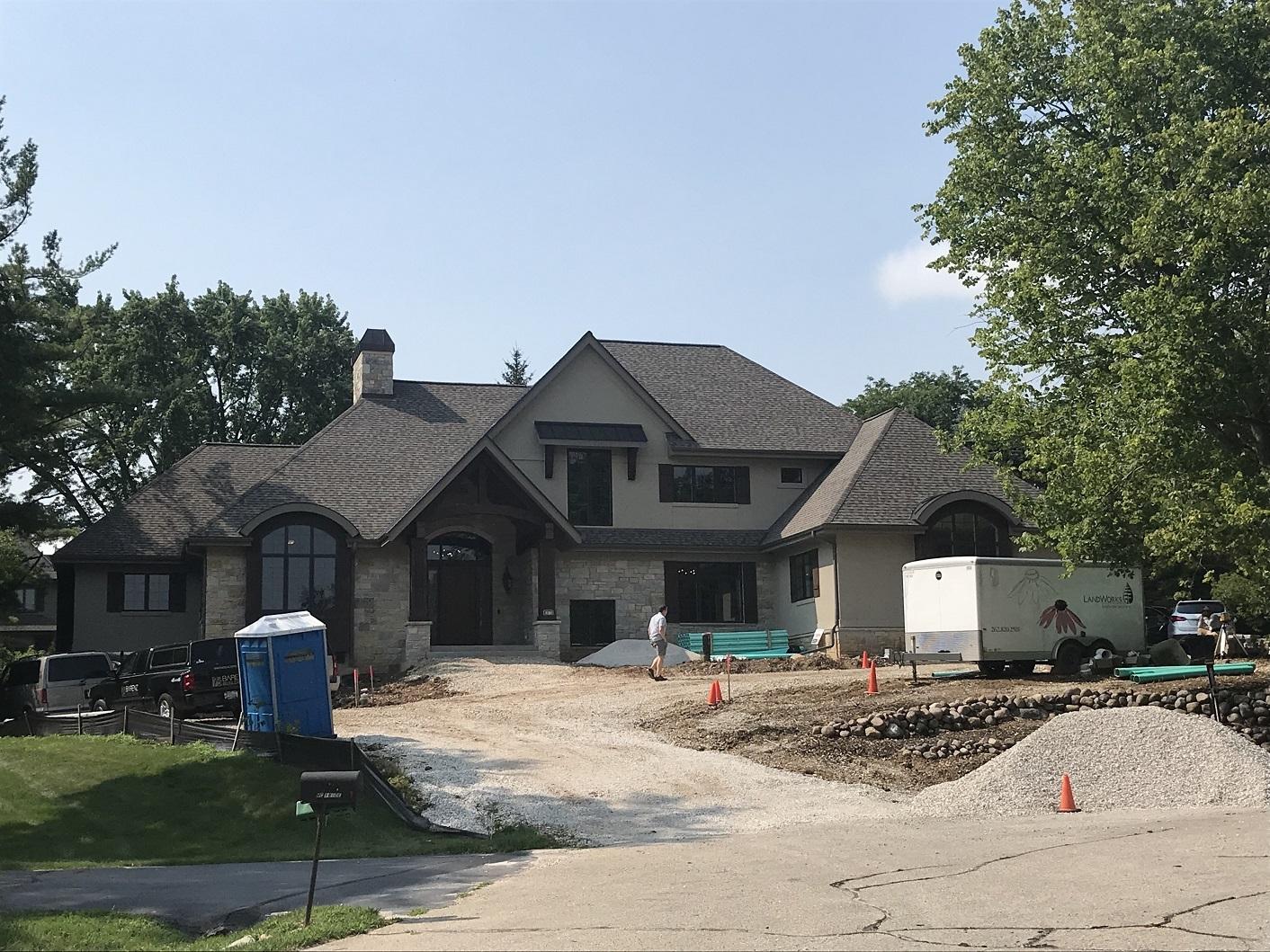 Barenz Builders, Elm Grove