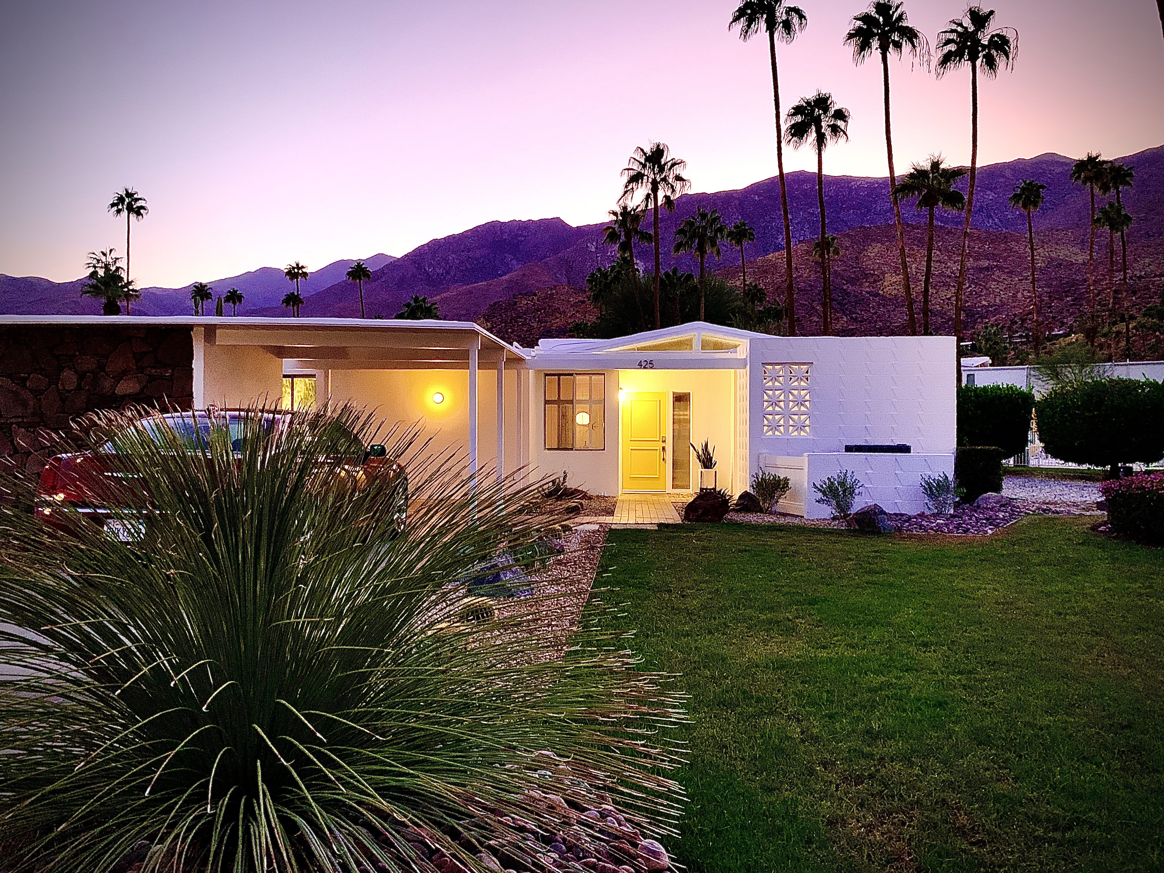 Michael Norpell Front Exterior, Palm Springs
