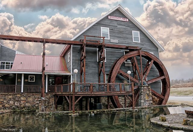 Johnson Mill in Springdale, Arkansas. This mill has been converted into an Inn.