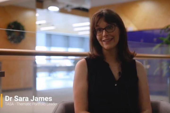 Sara James_video