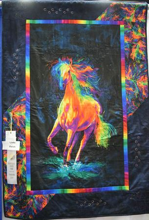 Winning quilts from KHQS members