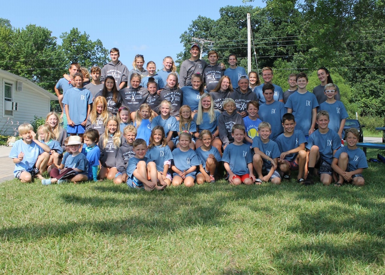 2018 Ski Club Group Photo