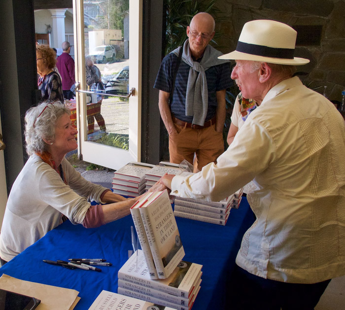 Arlie Hochschild signs books