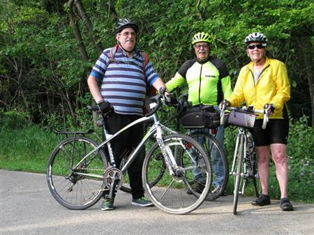 Photo from the Wed 6/21 Turtle ride from Park Forest Village Hall, around Sauk Lake, then to Concert on the Green.L to RCraig Oberman, Dave Bartlett, and ride leader, Judith Dunn.Photo by