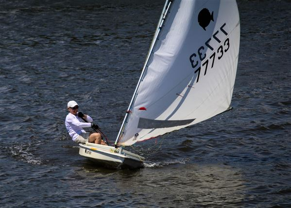 GP15, Lasers & Sunfish were out for 3 races each. The end of the Spring series.