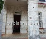 casa de 6 cuartos $320,000.00 cuc  en calle 13 ampliación de almendares, playa, la habana