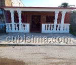 casa de 2 y medio cuartos $20,000.00 cuc  en calle 12 # 2515a e/ avenida 25 y avenida 27 caibarien, villa clara
