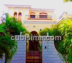 casa de 5 cuartos $400000 cuc  en calle 9na avenue  miramar, playa, la habana