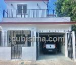 casa de 5 cuartos $250000 cuc  en calle 44-a miramar, playa, la habana