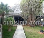 casa de 4 cuartos $310000 cuc  en residencial almendares, boyeros, la habana