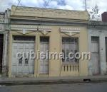 casa de 5 cuartos $55000 cuc  en calle maceo  santa clara, villa clara