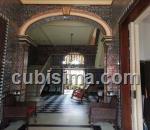 casa de 6 cuartos $750000 cuc  en vedado, plaza, la habana