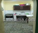 casa de 5 cuartos $67000 cuc  en calle campanario  san leopoldo, centro habana, la habana