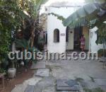 casa de 4 cuartos $70000 cuc  en calle 25 vedado, plaza, la habana