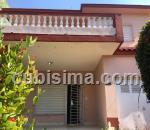 casa de 3 y medio cuartos $1 cuc  en calle 11 alturas de miramar, playa, la habana