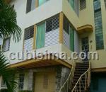 casa de 4 y medio cuartos $300000 cuc  en nuevo vedado, plaza, la habana