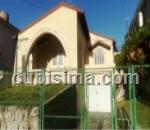 casa de 4 cuartos $320000 cuc  en kohly, playa, la habana