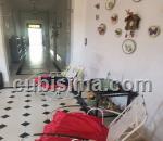 casa de 7 y medio cuartos $250000 cuc  en calle 6 vedado, plaza, la habana