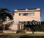 casa de 3 cuartos $60000 cuc  en calle 74 miramar, playa, la habana