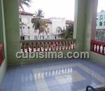 casa de 5 cuartos $80000 cuc  en calle 12 vedado, plaza, la habana