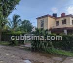 casa de 4 cuartos $150000 cuc  en calle canal casino deportivo, cerro, la habana