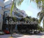 apartamento de 2 y medio cuartos $80000 cuc  en vedado, plaza, la habana