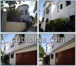 casa de 6 cuartos $1000000 cuc  en calle 7ma miramar, playa, la habana