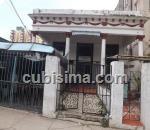casa de 8 cuartos $370000 cuc  en vedado, plaza, la habana