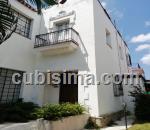 casa de 5 cuartos $830000 cuc  en kohly, playa, la habana