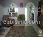casa de 4 cuartos $20000 cuc  en calle príncipe  atarés, cerro, la habana