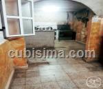 casa de 4 cuartos $65000 cuc  en calle industria  colón, centro habana, la habana