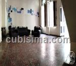 casa de 5 cuartos en calle gervasio   san leopoldo, centro habana, la habana