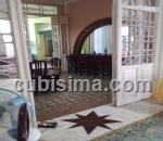 casa de 10 y medio cuartos $1 cuc  en camaguey, camagüey